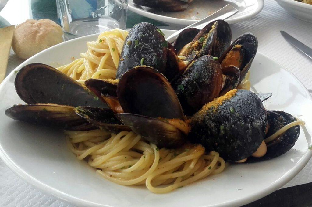 Spaghetti with mussels - Cagliari